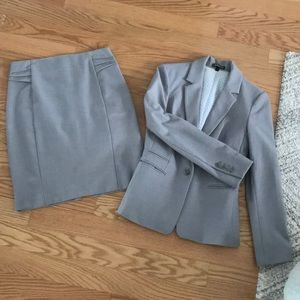 Express skirt and jacket